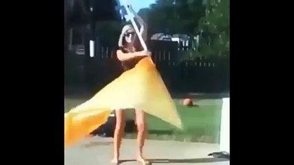 Funny 2017: Girl with flag epic fail