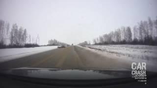 Car Crash Compilation 2017 Stupid Idiot Drivers Russian Fails Dashcam Accidents6