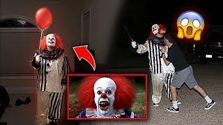 "SCARY KILLER ""IT"" CLOWN PRANK GONE WRONG!! *HE PUNCHED HIM*"