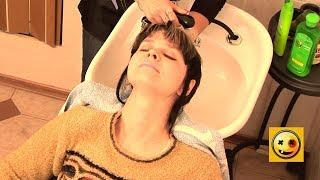 Surprise in a Hair Salon - Naked and Funny Prank