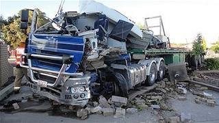 Crazy Russian Truck Crashes Idiot Fails Compilation Stupid Drivers 2017